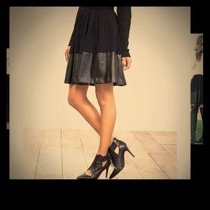 Leather Hem Skirt w Pockets
